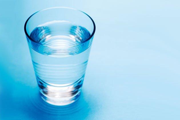 生活本是一杯水